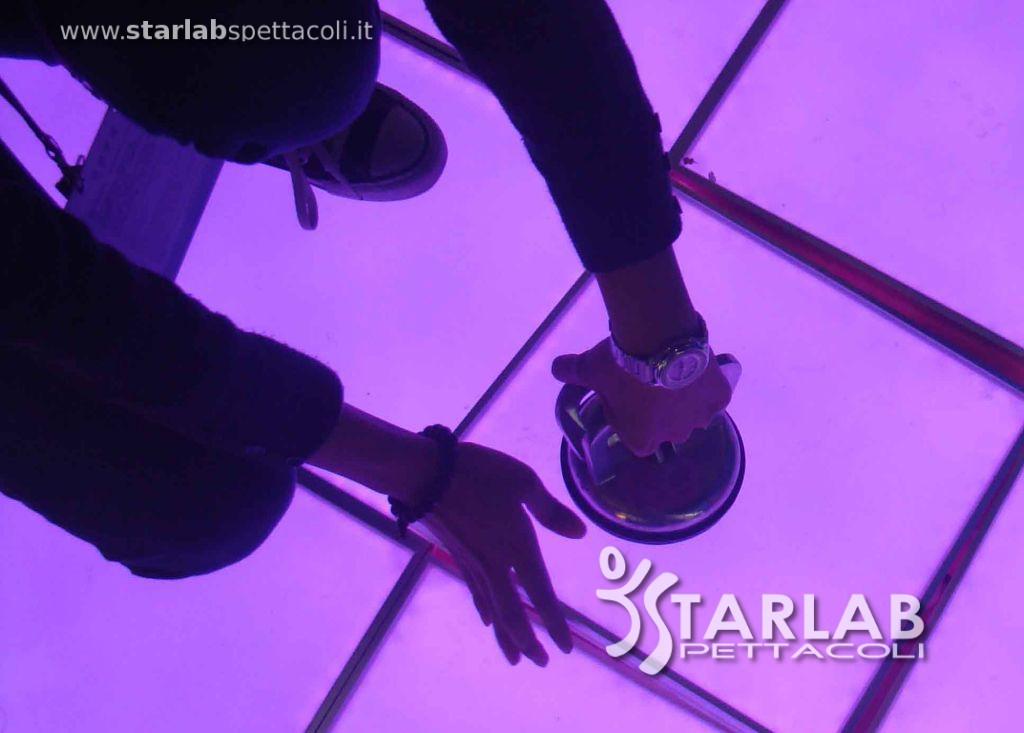 Pavimenti luminosi 28 images pavimenti luminosi con for Starlab spettacoli